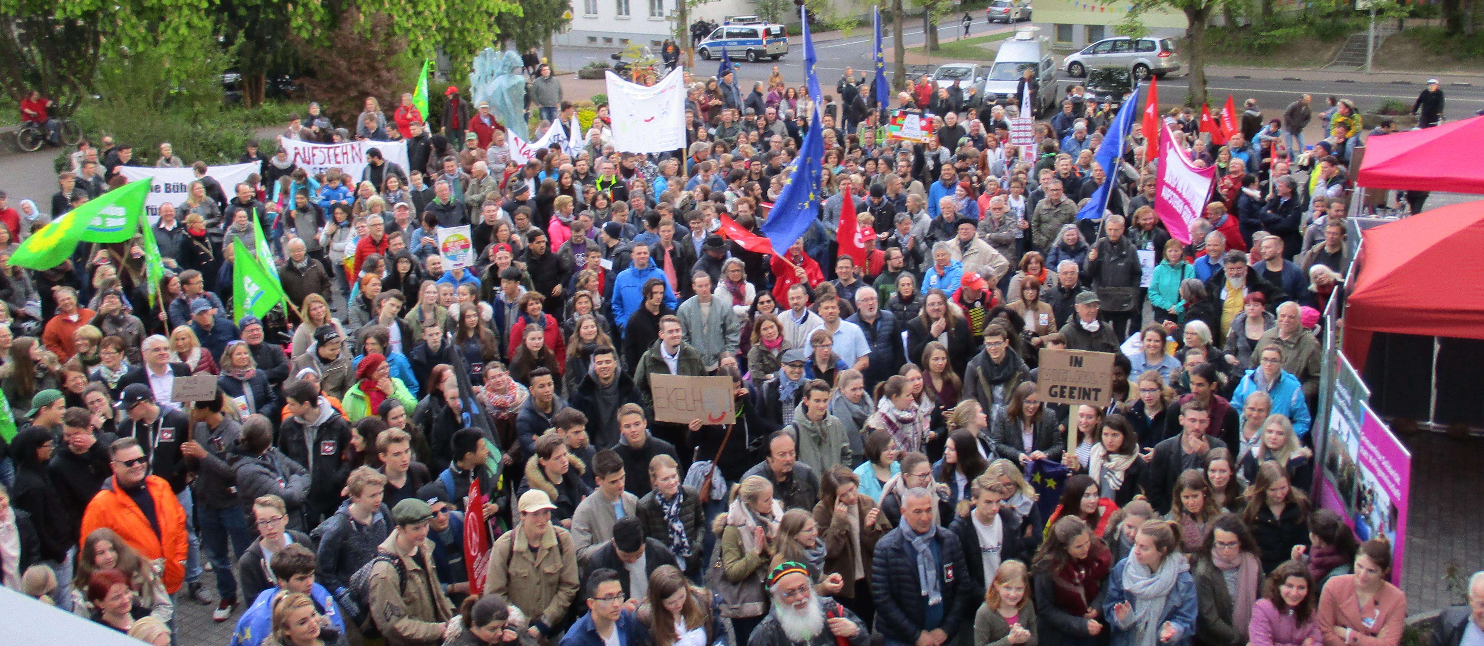 """Kelkheim: 700 bei """"Kelkheim – Deine Stimme gegen Rechts"""""""